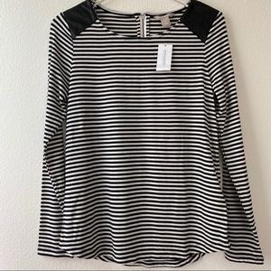 Banana Republic Black & White Striped Top | M